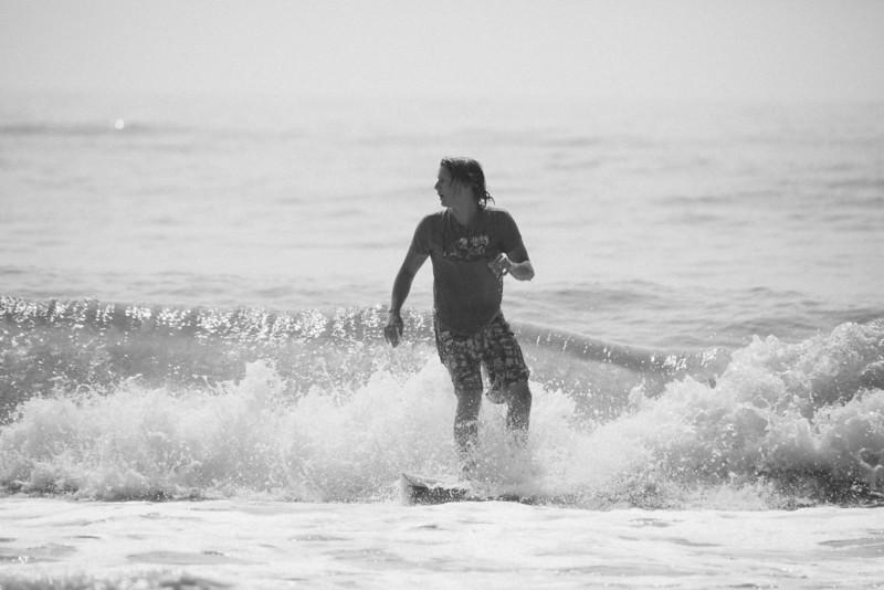 Surf_BW_051.jpg