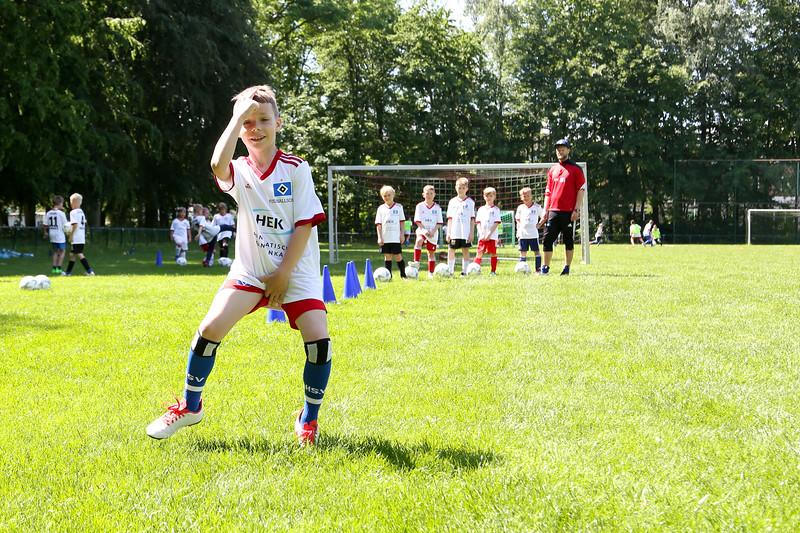 hsv_fussballschule-435_48047945006_o.jpg