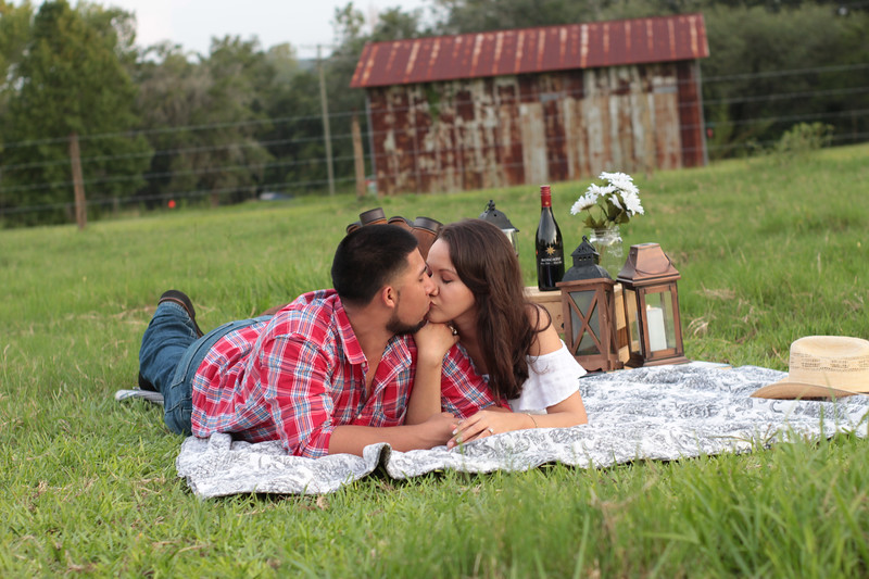 Surprise-Picnic-Engagement-Scrable-Game-Will-You-Marry-Me-Sunset-Open-Field-Rustic-Photo-Photography-By-Laina-13.jpg