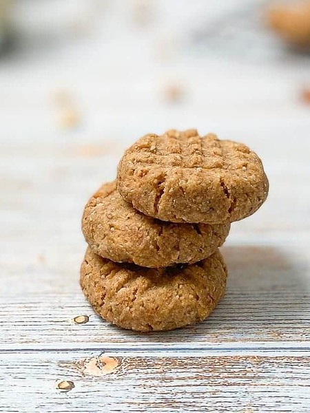 Gluten-Free Almond Flour Peanut Butter Cookies - Vegan afternoon tea recipes