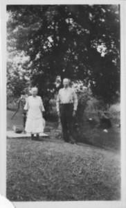 Fannie Kinneman Staley and Benjamin F Staley.  Grandma Dodrill's mom and dad.