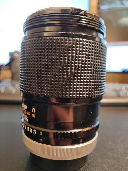 Canon FD 135mm 2.5 S.C. - Serial R610 & 151395 002.jpg