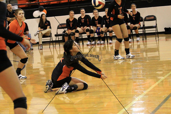 Varsity Volleyball vs Bangs