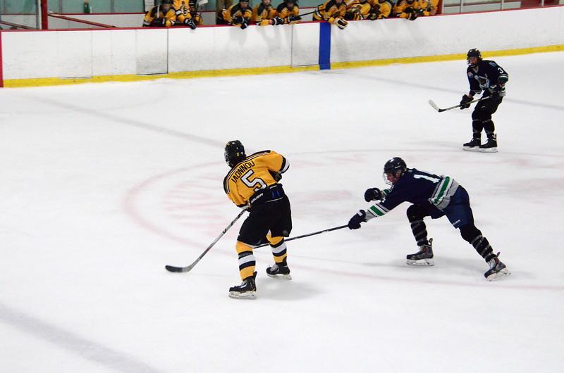 150907 Jr. Bruins vs. Whalers-077.JPG