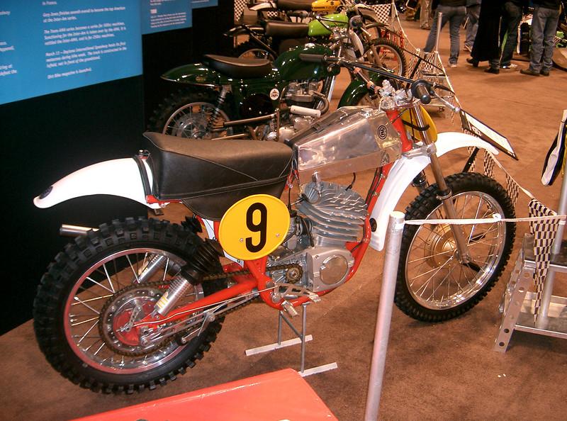 cool show bikes 003.jpg