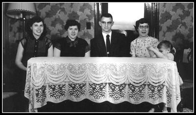 LHR Family portraits