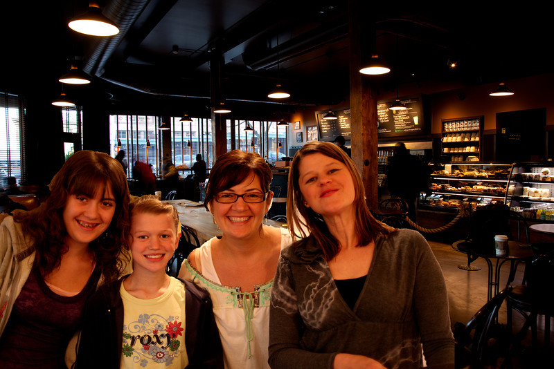 20100320-the girls at starbucks seattle.jpg