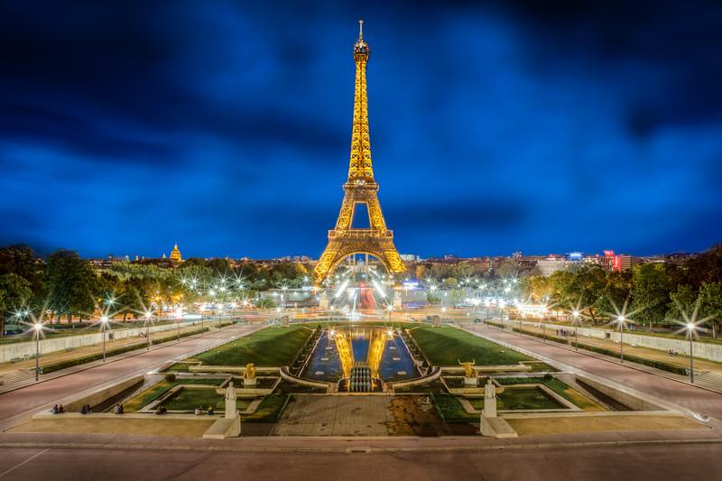 On a Warm Parisian Night