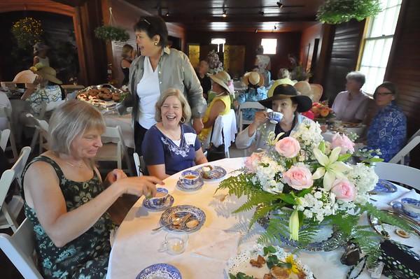 Tea Party at Park-McCullough House-081915
