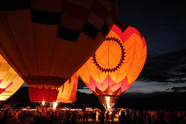 2005-09-03 Balloon Glow