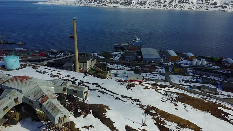 5-22-17012823longyearbyen.MOV