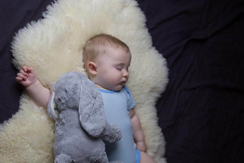 baby james 6 months-8.jpg