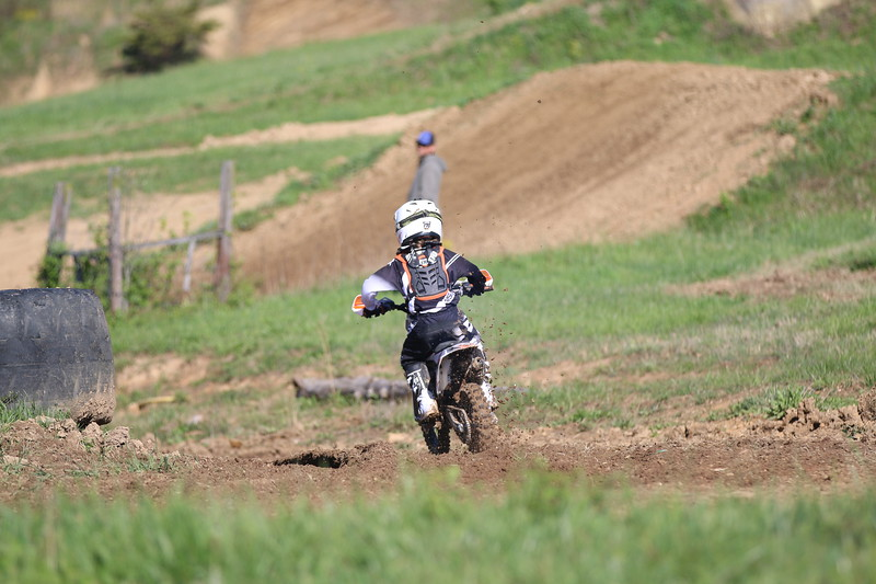 levi riding school 4/23