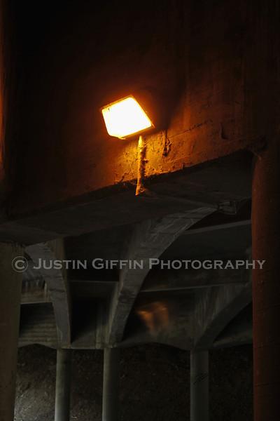 Light Under I70.jpg