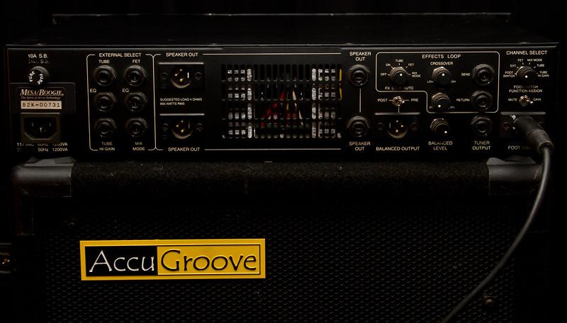 Mesa Boogie M-2000 Bass Amp