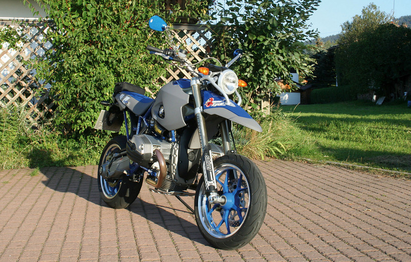 Another Hornig bike - BMW R1200 HP2