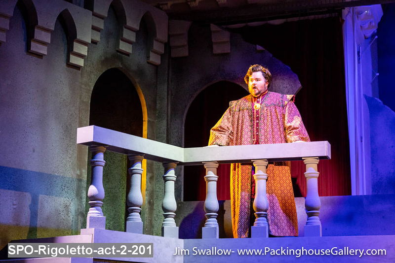 SPO-Rigoletto-act-2-201.jpg