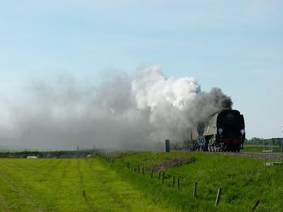 Grain, Purfleet, Blake Hall, North Weald, Soham, Manea & March (25-05-2013)