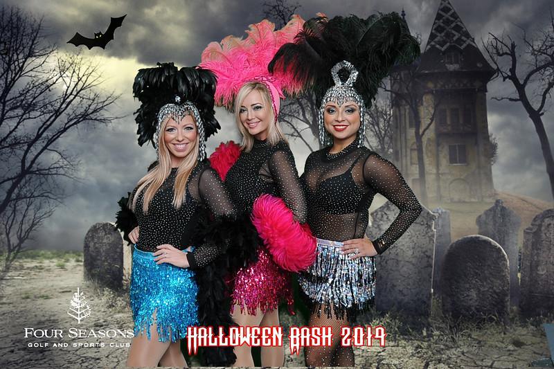 Four Seasons Halloween Greenscreen Photos