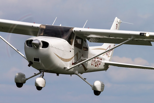 OY-ZAP - Cessna 172S Skyhawk SP
