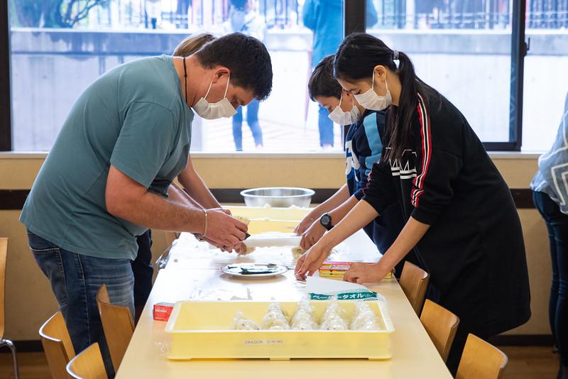 Middle School-Onigiri for the Chiku Center-ELP_4248-2018-19.jpg