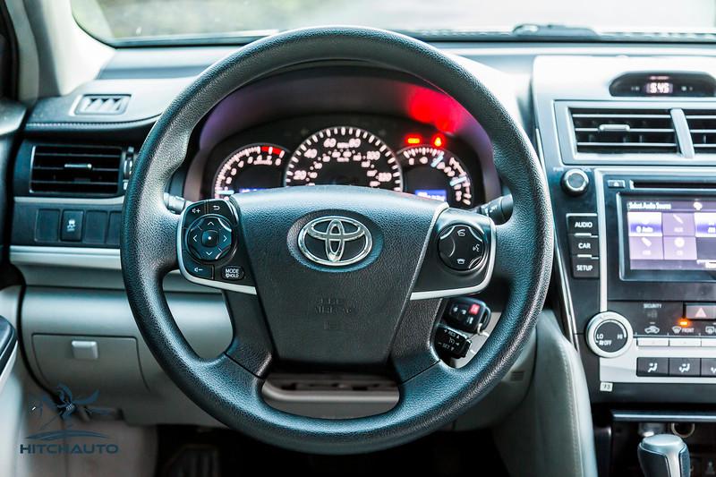 Toyota_Camry_Blue_7V7V850-7020.jpg