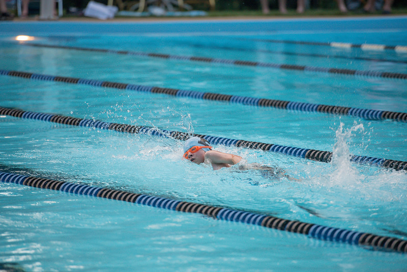 lcs_swimming_kevkramerphoto-1014.jpg