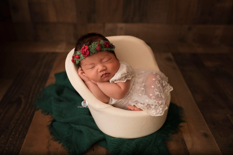 newborn-photographer-7048Camilla.jpg