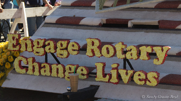 rotary rose bowl float