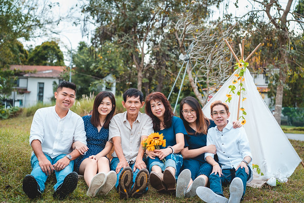 卤蛋 Family Photos