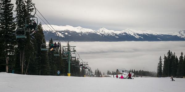 Skiing in Marmot Basin