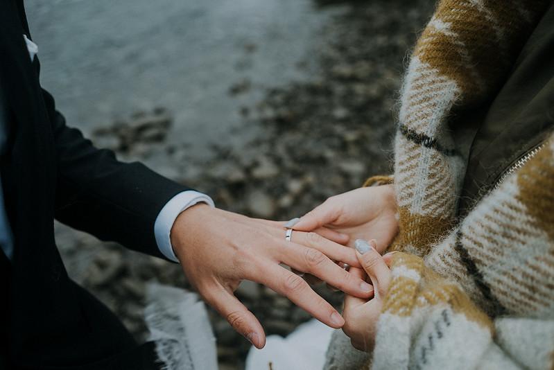 Tu-Nguyen-Destination-Wedding-Photographer-Iceland-Elopement-Fjaðrárgljúfur-16-150a-39.jpg