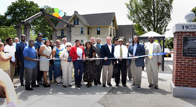 Mayor Warren and City leaders attend grand opening of Thurston Village Revitalization Project. 7/31/2015