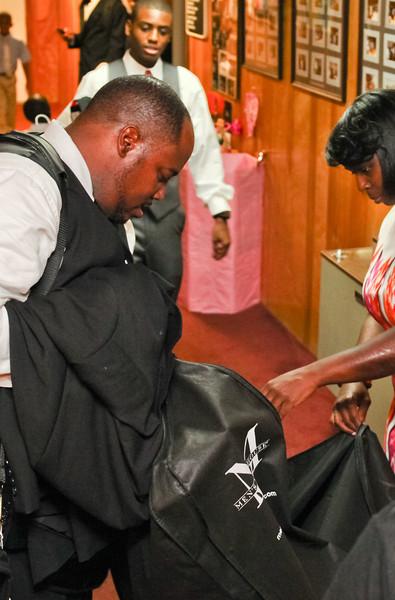 Pre Ceremony - Groomsmen & Wedding Party Getting Ready