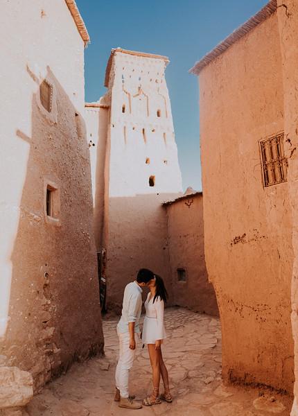 Tu-Nguyen-Destination-Wedding-Photographer-Morocco-Videographer-Sahara-Elopement-138-24.jpg