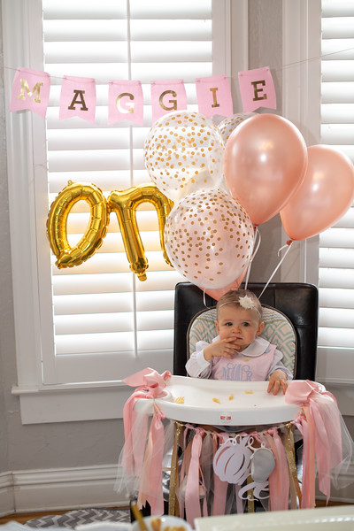 2019-11-30 Maggie's 1st Pirthday Party 026.jpg