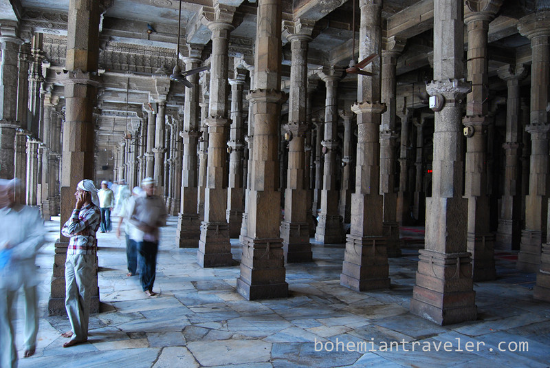 inside Jami Masjid Mosque (1423) Ahmeabad Gujarat India.jpg