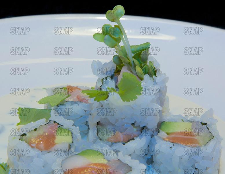 Cilantro Sushi Roll - CLOSEUP