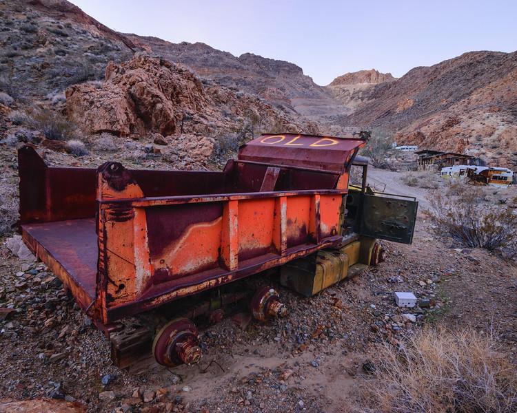 104-Death-Valley-Mountain-Cabins.jpg