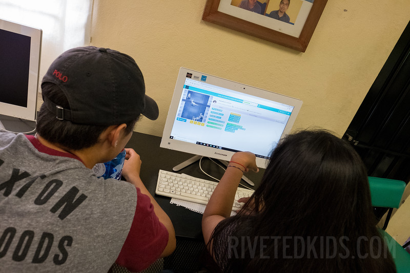 Riveted Kids Camp 2018 - Coding in Oaxaca (148).jpg