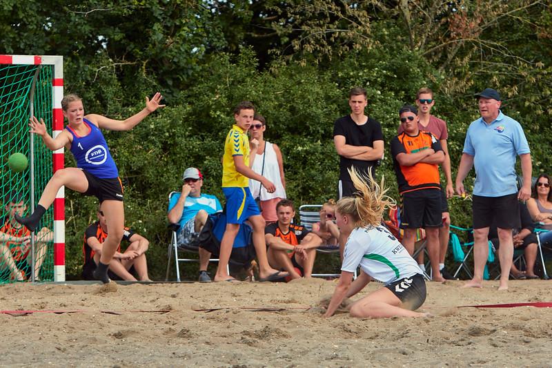 Molecaten NK Beach Handball 2015 dag 2 img 067.jpg