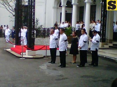 Arrival Honors for Robredo