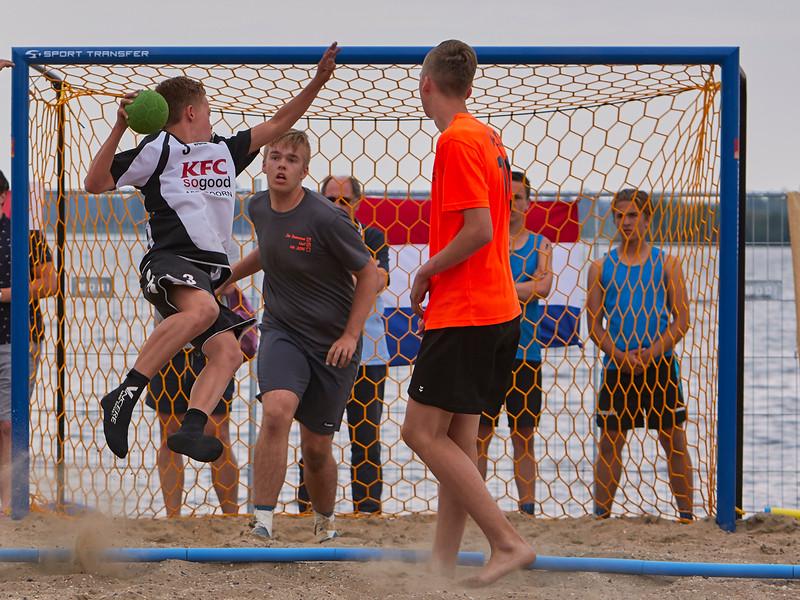Molecaten NK Beach Handball 2015 dag 2 img 354.jpg