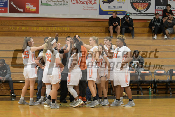 Girls Varsity Basketball 12.17.18