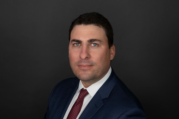 Matt Schwenke Headshot Proofs Unedited