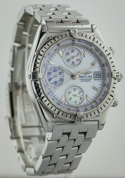watch-40-2.jpg