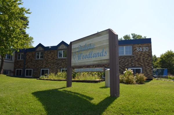 Dakota Woodlands sign.JPG