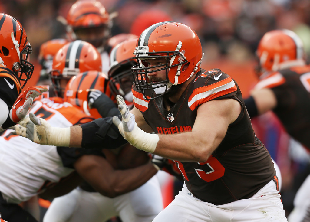 . Cleveland Browns tackle Joe Thomas (73) against the Cincinnati Bengals in the second half of an NFL football game, Sunday, Dec. 6, 2015, in Cleveland. (AP Photo/Ron Schwane)