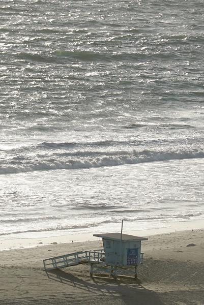 Lifeguard_Tower_Malibu_DSC09281.jpg