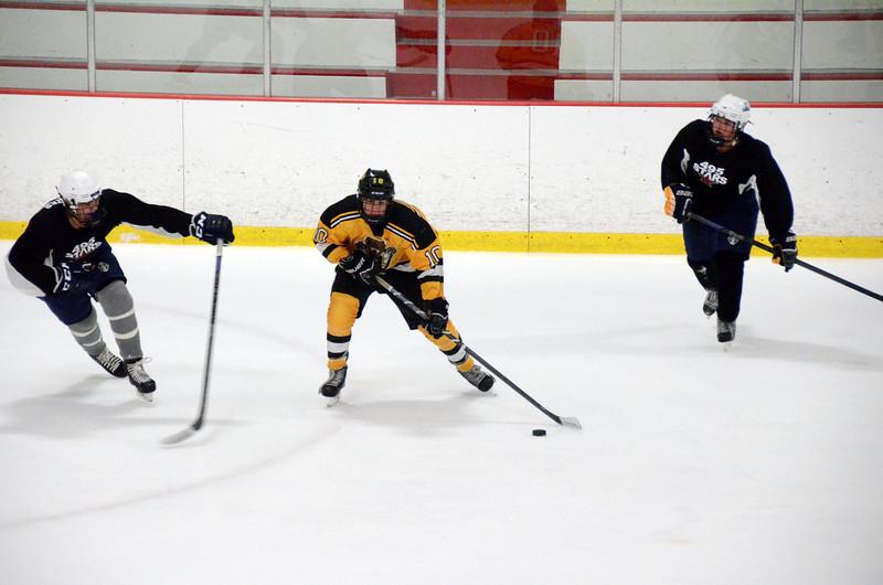 140913 Jr. Bruins vs. 495 Stars-158.JPG
